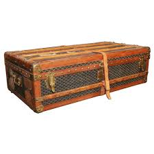 beautiful travel trunks 2851 best trunks and treasure chests images on pinterest antique