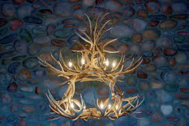 How To Build Antler Chandelier Lamp Cool Elk Antler Chandelier For Rustic Home Lighting Ideas