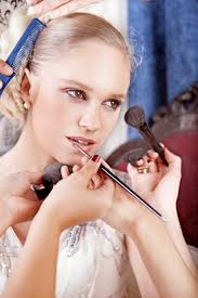 cheap makeup artist for wedding how to find a makeup artist for your wedding stylecaster