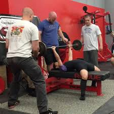 Power Lifting Bench Press The Back Arch For Barbell Bench Press Flashy Or Functional