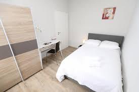 chambre à louer luxembourg chambre rénovée et meublée à louer luxembourg limpertsberg