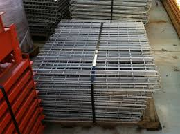 used interlake pallet rack uprights beams and wire decking in