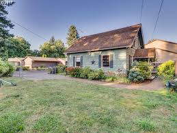 Ron Russell Roofing by 2940 Se 138th Ave Portland Or U2014 Mls 17091648 U2014 Coldwell Banker