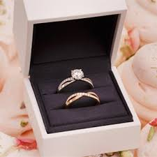 wedding ring in a box how to find an engagement ring you ll brides
