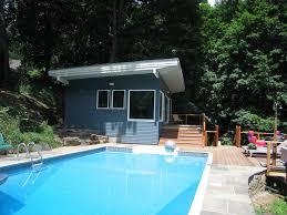 modern pool cabana kamen tall architects