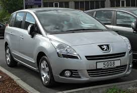 peugeot wiki file peugeot 5008 front 20100501 jpg wikimedia commons