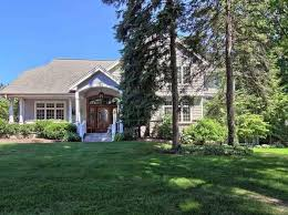 Cottages For Rent In Traverse City Mi by Traverse City Real Estate Traverse City Mi Homes For Sale Zillow