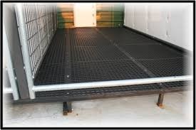 Outdoor Kennel Ideas by Outdoor Dog Kennel Flooring And Platforms Flooring Designs