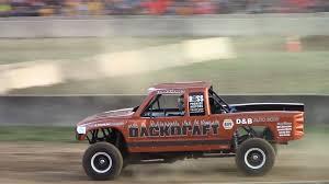 dodge truck racing tough truck racing v8 dodge dakota backdraft