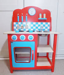 Play Kitchen Red Review Gltc Wooden Play Kitchen Sparkles U0026 Stretchmarks A Uk