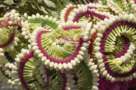 flower decoration for hair different hair style and flower arrangement for homely functions