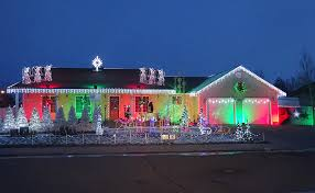 idaho falls christmas lights why this idaho falls house is decorated in thousands of lights