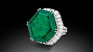 Emerald The Story Behind The Magnificent And Legendary Stotesbury Emerald