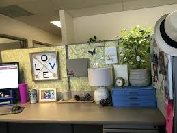 Decorating Ideas For An Office Decorating A Cubicle 20 Cubicle Decor Ideas To Make Your Office