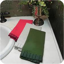 ruffle fingertip towels