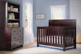 Rustic Convertible Crib by Simmons Kids Rowen Slumbertime 4 In 1 Convertible Crib U0026 Reviews