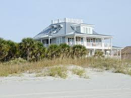 6 things to seriously consider before buying a beach house with