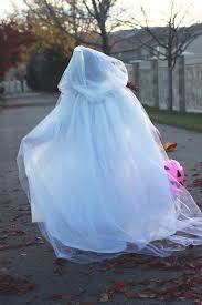 How To Make Halloween Ghosts by Do It Yourself Divas Diy Ghost Costume Diy Diva It Pinterest