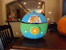 elk grove spirit halloween store scooby doo mystery machine pumpkin 7 year old creativity at its