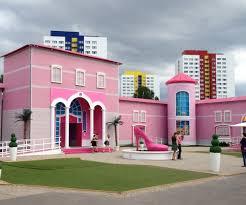 dream house plastic fantastic meets plattenbau uncube