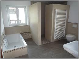 günstige badezimmer beautiful badezimmer günstig renovieren ideas unintendedfarms us