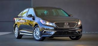 hyundai sonata premium 2015 hyundai sonata blends confidence inspiring driving dynamics