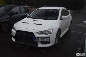 lancer mitsubishi white mitsubishi lancer evolution x 9 december 2016 autogespot