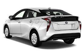 2016 toyota prius reviews and rating motor trend