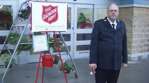 salvation army thanksgiving volunteer salvation army volunteer sets bell ringing record nbc news