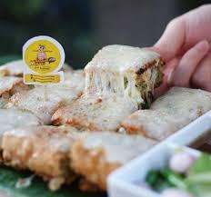 makanan enak berbau keju 5 martabak telur keju mozarella paling meleleh di jakarta blog