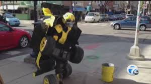 Halloween Usa Ann Arbor Man Shows Off Transformer Costume In Ann Arbor Youtube