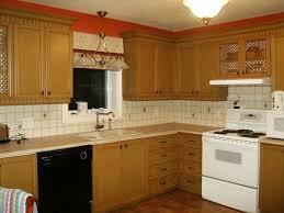 peinture d armoire de cuisine restauration d armoire de mélamine