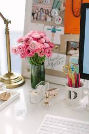 Lucite Desk Accessories Think Clearly Lucite Desk Accessories With A Design Meet Style