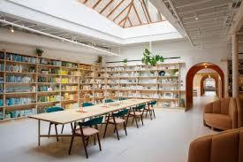 Architect senior architect at Ingenhoven Architects in Singapore
