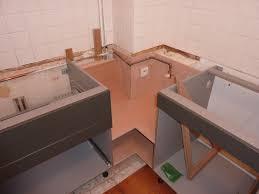 installation cuisine la même cuisine en cours d installation avec habillage de l angle