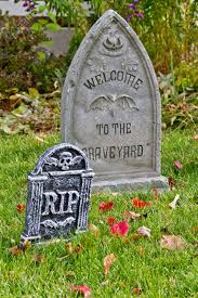 halloween graveyard cake decorating ideas halloween graveyard
