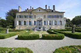 chambre d hote vevey a vevey le mobilier du château d hauteville aux enchères économie