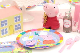 peppa pig party how to throw the ultimate peppa pig party party delights