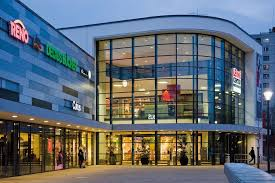 Shopping In Germany Cbre Acquires German Shopping Center In Joint Venture With Trs De
