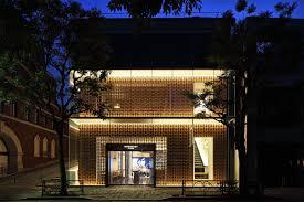 lexus dubai workshop loveisspeed lifestyle premium tokyo opens the first