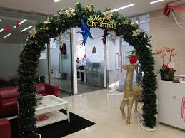Archway Christmas Decorations by Christmas Archway Decoration Christmas Ideas