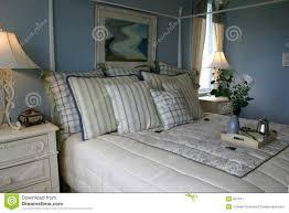 Blaues Schlafzimmer Blaues Schlafzimmer Stockbild Bild Von Bett Bettdecke 867811