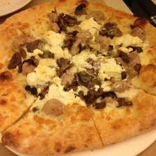 cuisine pizza pizza sfizio ร ปถ ายของ sfizio restaurant social