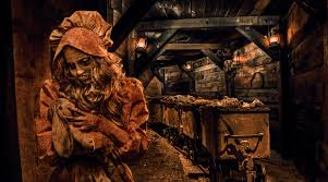 halloween horror nights hollywood hotel package https inthelooppodcast com wp content uploads 2015 08 knotts