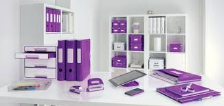 bureau violet idée déco au bureau misez sur l harmonie des couleurs j aime