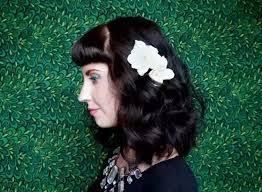 how to wear hair behind the ears how to wear flowers in your hair quora