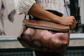 10 tips on how to organize your purse and keep it that way life