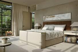 deco chambre tete de lit decoration idée déco chambre tête lit tableau rectangulaire
