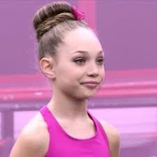 dance mom maddie hair styles don t repin right now plz maddie ziegler pinterest dancing