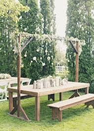 Plans For Making A Round Picnic Table by Best 25 Picnic Table Wedding Ideas On Pinterest White Floral